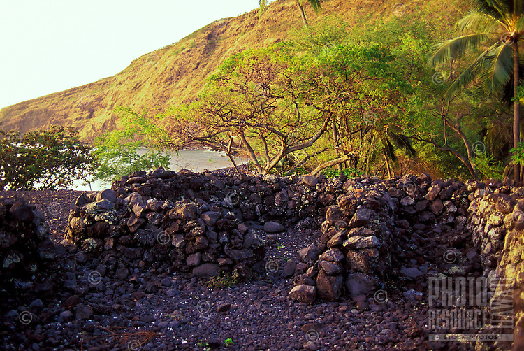 Hawaiian Hikiau or temple site at Kealakekua bay, Big Island