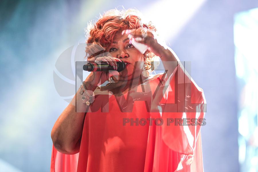 SÃO PAULO,SP, 21.05.2016 - VIRADA-CULTURAL - A cantora Alcione durante apresentação no palco Julio Prestes na Virada Cultural 2016 no centro de São Paulo, neste sábado, 21. (Foto: William Volcov/Brazil Photo Press)