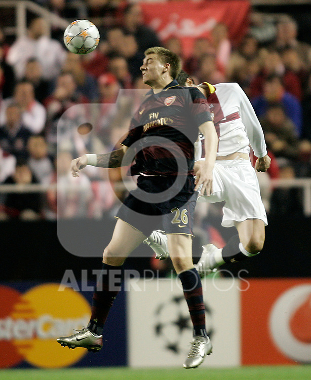 Arsenal's Nicklas Bendtner during the Champions League match between Sevilla and Arsenal at Ramon Sanchez-Pizjuan Stadium in Sevilla, November 27 2007. (ALTERPHOTOS/Acero).