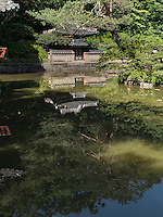 Pavillon Sajeonggibigak am Buyongji-Teich im Secret Garden = Huwon= Biwon des Changdeokgung Palast, Seoul, S&uuml;dkorea, Asien, UNESCO-Weltkulturerbe<br /> pavilion Sajeonggibigak at Buyongji-pond  in the secret garden of  palace Changdeokgung,  Seoul, South Korea, Asia UNESCO world-heritage