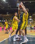 09.06.2019, EWE Arena, Oldenburg, GER, easy Credit-BBL, Playoffs, HF Spiel 3, EWE Baskets Oldenburg vs ALBA Berlin, im Bild<br /> The Fight<br /> Landry NNOKO (ALBA Berlin #35 ) Nathan BOOTHE (EWE Baskets Oldenburg #45 ) Rashid MAHALBASIC (EWE Baskets Oldenburg #24 )<br /> Foto © nordphoto / Rojahn