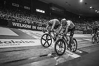 Elia Viviani (ITA/SKY) wins by the smallest margin against Marc Hester (DEN)<br /> <br /> 2016 Gent 6<br /> day 6