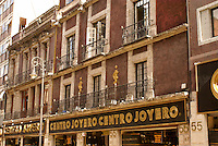 Gold jewelry shops in downtown Mexico City