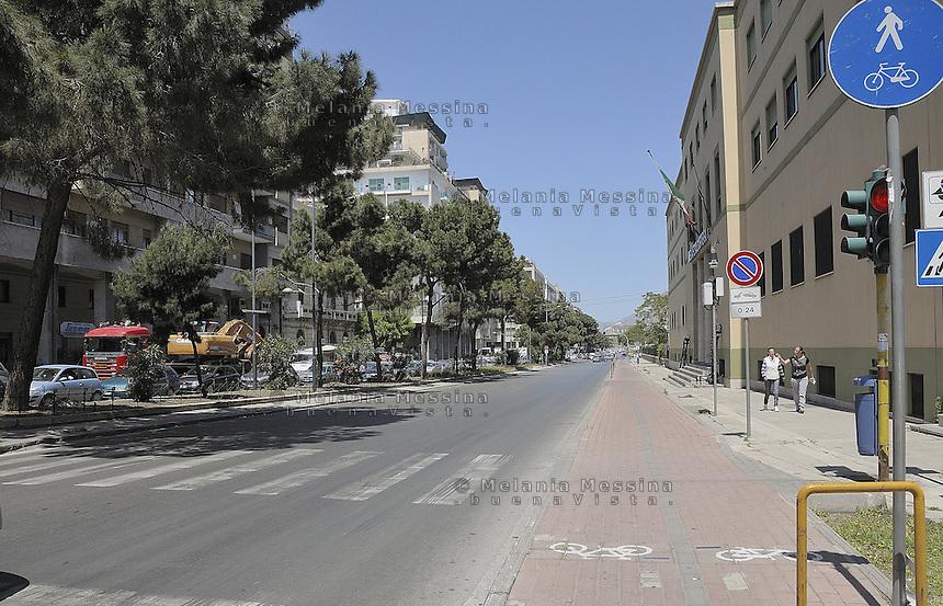 Piste ciclabili a Palermo.<br /> Bike paths in Palermo.