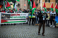 """Rome, 31/01/2020. Today, Pro-Palestinian activists and members of the public gathered in Piazza Barberini to protest (1.) against the """"Peace To Prosperity"""" plan (AKA the """"Deal of the Century"""", 2.) made by the President of the United States, Donald Trump, to allegedly solve the long-standing conflict between Palestine and Israel. From the organisers Facebook event page: «The Palestinian community in Rome and Lazio invites all those who believe in the values of freedom, justice and self-determination of peoples to held a sit-in Piazza Barberini in Rome in solidarity with the Palestinian people and to ask to reject the shameful plan announced by Trump. The sit-in was organized by the Palestinian Community in Rome and Lazio, Assopace Palestina [3.] and Rete Romana di Solidarietà con il Popolo Palestinese [4.] […]». During the sit-in a small delegation of protesters were allowed to demonstrate outside the US Embassy in Rome, near Piazza Barberini.<br /> <br /> Footnotes & Links:<br /> 1. http://bit.do/frfng<br /> 2. """"Peace To Prosperity Plan"""" (Full text. Source, Whitehouse.gov ENG) http://bit.do/frfo3<br /> 3. http://www.assopacepalestina.org/<br /> 4. http://bit.do/frfpo"""