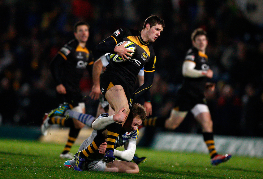 Photo: Richard Lane/Richard Lane Photography. LV= Cup. London Wasps v saracens. 08/11/2013. Wasps' Jonah Holmes attacks.