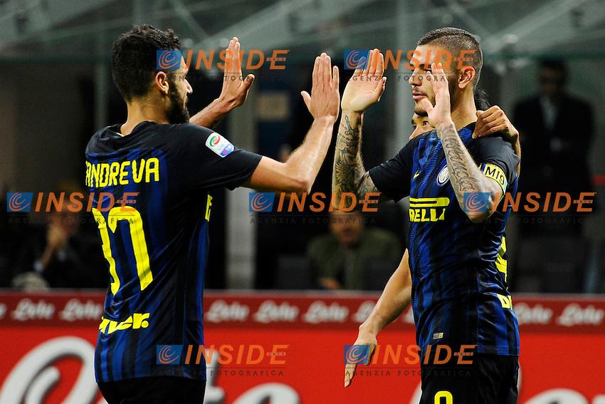 Esultanza gol di Mauro Icardi Inter 1-0. Celebration goal con Antonio Candreva<br /> Milano 26-10-2016 Stadio Giuseppe Meazza - Football Calcio Serie A Inter - Torino. Foto Giuseppe Celeste / Insidefoto