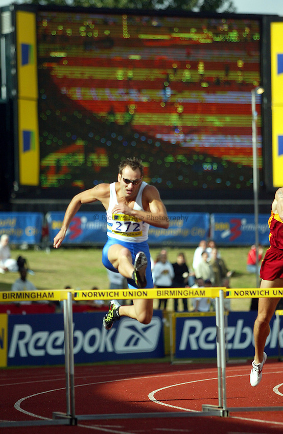 Photograph: Scott Heavey..Norwich Union World Trials & AAA Championships from The Alexander Stadium in Birmingham. 27/07/2003..Chris Rawlinson