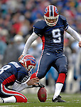 24 December 2006: Buffalo Bills kicker Rian Lindell (9) kicks a field goal against the Tennessee Titans at Ralph Wilson Stadium in Orchard Park, New York. The Titans edged out the Bills 30-29.&amp;#xA; &amp;#xA;Mandatory Photo Credit: Ed Wolfstein Photo<br />