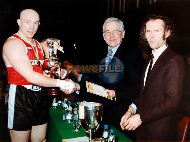John Kinsella receiving the trophy for the 1999 Super Heavyweight boxing championship (Ireland)..Photo: BARRY CRONIN/Newsfile..(Photo credit should read BARRY CRONIN/NEWSFILE)..Photo: BARRY CRONIN/Newsfile..(Photo credit should read BARRY CRONIN/NEWSFILE).<br />