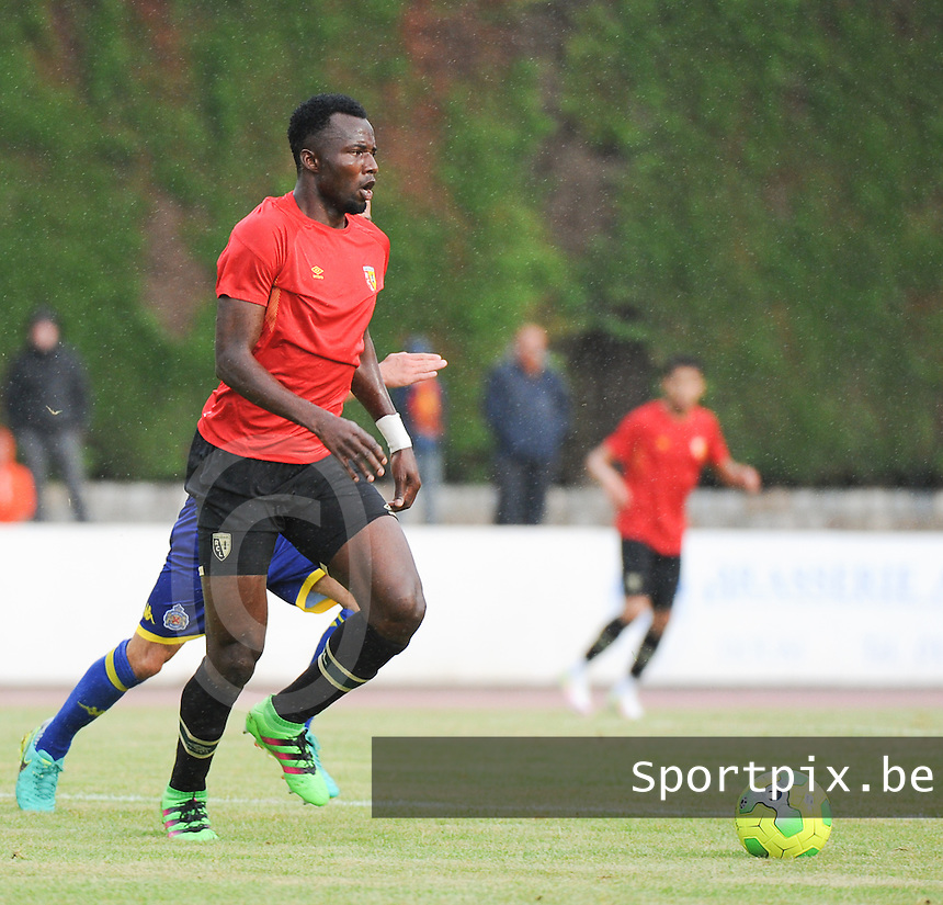 20160713 - DOUAI , FRANCE : RC Lens' Djeman Koukou pictured during a friendly game between Racing Club de LENS and Waasland Beveren during the preparations for the 2016-2017 season , Wednesday 13 July 2016 ,  PHOTO Dirk Vuylsteke | Sportpix.Be