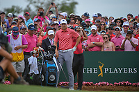 Jordan Spieth (USA) looks over his tee shot on 1 during round 4 of The Players Championship, TPC Sawgrass, at Ponte Vedra, Florida, USA. 5/13/2018.<br /> Picture: Golffile | Ken Murray<br /> <br /> <br /> All photo usage must carry mandatory copyright credit (&copy; Golffile | Ken Murray)