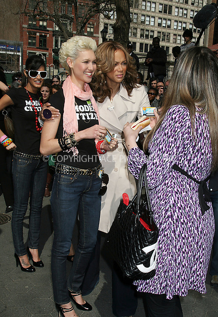 WWW.ACEPIXS.COM ** ** ** ....April 9 2008, New York City....EXCLUSIVE COVERAGE - PLEASE PHONE FOR RATES....Model and TV personality Tyra Banks and some 'America's next top model' contestants gave away subway tickets and make-up tips to crowds in Union Square as a stunt for her show.......Please byline: Philip Vaughan -- ACEPIXS.COM.. *** ***  ..Ace Pictures, Inc:  ..tel: (646) 769 0430..e-mail: info@acepixs.com..web: http://www.acepixs.com