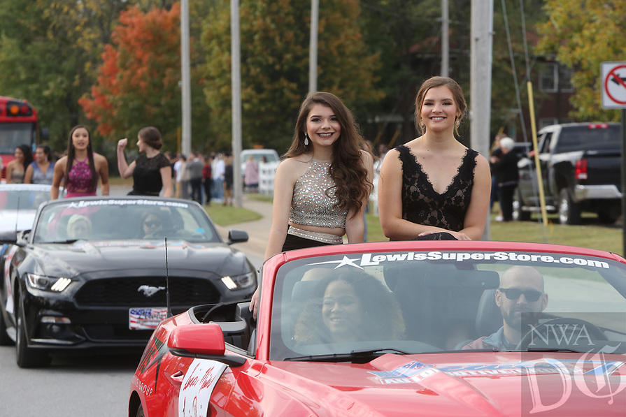 The Springdale High School Homecoming 2017 Parade Friday, October 20, 2017, . The parade was followed by an assembly. <br /> <br /> NWA Democrat-Gazette/DAVID GOTTSCHALK