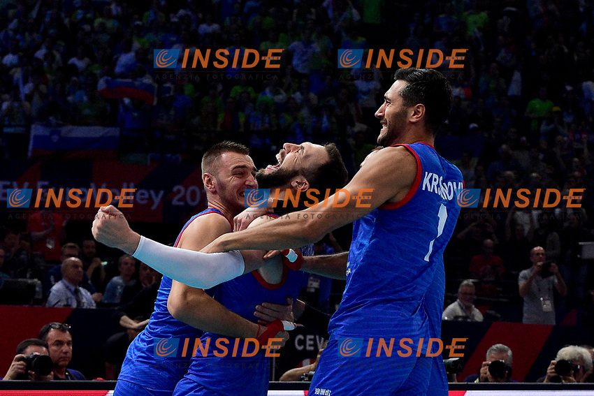 Players of Serbia celebrate the victory <br /> Parigi 29/09/2019 Bercy <br /> Volley European Championship Final <br /> Serbia - Slovenia  <br /> Photo JB Autissier / Panoramic / Insidefoto