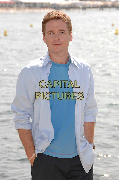 "KEVIN CONNOLLY.HBO Series ""Entourage"" Photocall during the 60th International Film Festival, Cannes, France,.23rd May 2007.half length blue shirt t-shirt.CAP/PL.©Phil Loftus/Capital Pictures"
