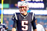 August 9, 2018: New England Patriots quarterback Danny Etling (5) warms up prior to the NFL pre-season football game between the Washington Redskins and the New England Patriots at Gillette Stadium, in Foxborough, Massachusetts.The Patriots defeat the Redskins 26-17. Eric Canha/CSM