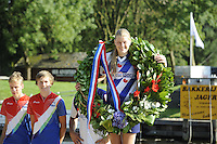 FIERLJEPPEN: GRIJPSKERK: 27-08-2016, Nederlands Kampioenschap Fierljeppen/Polsstokverspringen, Sigrid Bokma wint met 14.82 meter (meisjes), ©foto Martin de Jong
