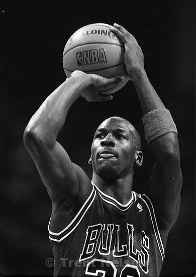 Michael Jordan at Jazz vs. Chicago basketball.<br />