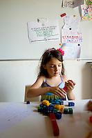 homeschooling, educazione parentale. Attività manuali, Olivia 5 anni