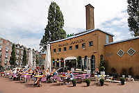 Badhuis Javaplein. Cafe in Amsterdam Oost