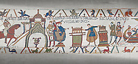 Bayeux Tapestry scene 23 :  In front of Duke William, Harold touches 2 reliqueries and swears fealty to Duke William.