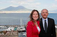 Vincenzo De Luca presidente della regione Campania &egrave; stato sospeso dal suo incarico per effetto legge severino<br /> nella foto con elena boschi