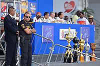 SAO PAULO, SP, 12 FEVEREIRO 2013 - CARNAVAL SP - APURAÇÃO -  Policiamento durante apuração dos votos no Sambódromo do Anhembi na região norte da capital paulista, nesta terça, 12. FOTO: LEVI BIANCO - BRAZIL PHOTO PRESS