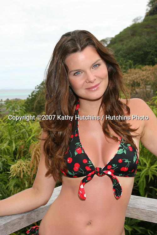 """Heather Tom .Katie on """"The Bold & The Beautiful"""", formerly Victoria on """"The Young and the Restless"""", and formerly Kelly on """"One Life to Live"""".Bora Bora Nui Resort & Spa,.a member of Starwood's Luxury Collection.Bora Bora, French Polynesia.October 12, 2007.©2007 Kathy Hutchins / Hutchins Photo..EXCLUSIVE..please credit photographer and resort in all usage...."""