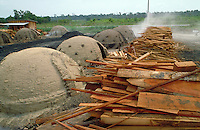 Charcoal production with saw-mill throw-outs