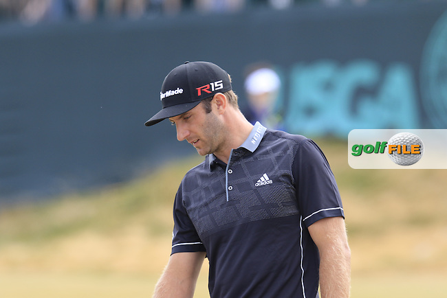 Dustin JOHNSON (USA) on the 17th green during Thursday's Round 1 of the 2015 U.S. Open 115th National Championship held at Chambers Bay, Seattle, Washington, USA. 6/18/2015.<br /> Picture: Golffile | Eoin Clarke<br /> <br /> <br /> <br /> <br /> All photo usage must carry mandatory copyright credit (&copy; Golffile | Eoin Clarke)
