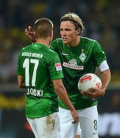 FUSSBALL   1. BUNDESLIGA   SAISON 2012/2013   1. SPIELTAG Borussia Dortmund - SV Werder Bremen                  24.08.2012      Aleksandar Ignjovski (li) und Clemens Fritz (v.l., beide SV Werder Bremen) sind enttaeuscht