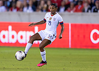 HOUSTON, TX - FEBRUARY 03: Crystal Dunn #19 of the United States dribbles during a game between Costa Rica and USWNT at BBVA Stadium on February 03, 2020 in Houston, Texas.