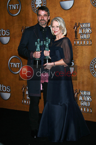 Jeremy Irons and Helen Mirren<br />in the Press Room at the 13th Annual Screen Actors Guild Awards. Shrine Auditorium, Los Angeles, CA. 01-28-07<br />Dave Edwards/DailyCeleb.com 818-249-4998