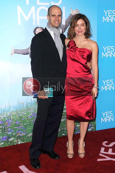 Edoardo Ponti and Sasha Alexander <br /> at the Los Angeles Premiere of 'Yes Man'. Mann VIllage Theater, Westwood, CA. 12-17-08<br /> Dave Edwards/DailyCeleb.com 818-249-4998