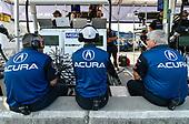 IMSA WeatherTech SportsCar Championship<br /> Michelin GT Challenge at VIR<br /> Virginia International Raceway, Alton, VA USA<br /> Saturday 26 August 2017<br /> 86, Acura, Acura NSX, GTD, Oswaldo Negri Jr., Jeff Segal crew<br /> World Copyright: Scott R LePage<br /> LAT Images