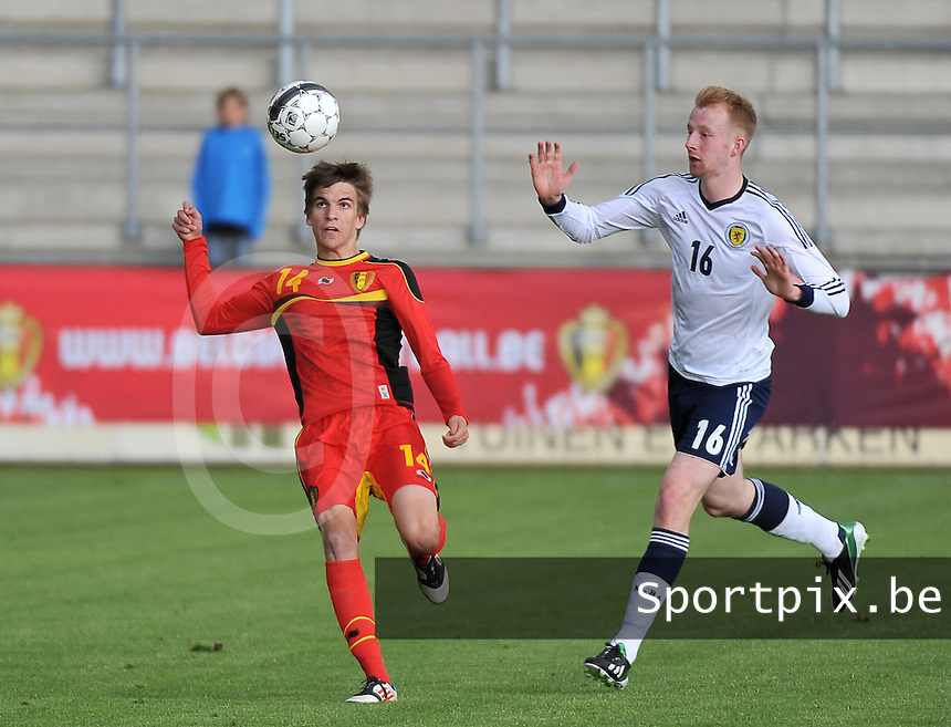 Scotland U19 - Belgium U19 : Cedric Buekers (14) and Mark Beck (16).foto DAVID CATRY / Nikonpro.be