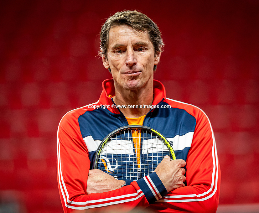 The Hague, The Netherlands, Februari 4, 2020,  Sportcampus , FedCup  Netherlands - Balarus, Dutch team practise, Captain Paul Haarhuis (NED) <br /> Photo: Tennisimages/Henk Koster