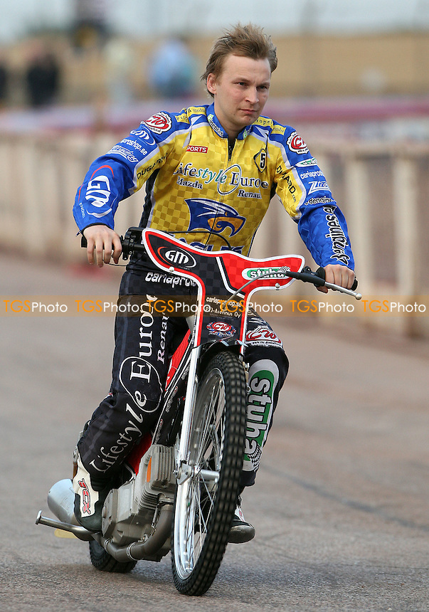 Joonas Kylmakorpi of Eastbourne Eagles - Lakeside Hammers vs Eastbourne Eagles, Elite League Speedway at the Arena Essex Raceway, Purfleet - 25/06/10 - MANDATORY CREDIT: Rob Newell/TGSPHOTO - Self billing applies where appropriate - 0845 094 6026 - contact@tgsphoto.co.uk - NO UNPAID USE.