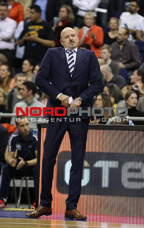 09.04.2015, O2 world, Berlin, GER, Euroleague, ALBA Berlin vs. Tel Aviv , im Bild Cheftrainer Sasa Obradovic (ALBA Berlin)<br /> <br />               <br /> Foto &copy; nordphoto /  Engler
