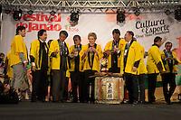 SAO PAULO, SP - 09.07.2016 - EVENTO-SP - O embaixador do Jap&atilde;o, Kunio Umeda, a senadora Marta Suplicy e outras autoridades comparecem a 19&ordm; edi&ccedil;&atilde;o do Festival do Jap&atilde;o, neste s&aacute;bado (09) no centro de exposi&ccedil;&otilde;es do Imigrantes, zona sul de S&atilde;o Paulo. O principal evento de cultura e gastronomia japonesa no pa&iacute;s recebe seus visitantes at&eacute; amanha, domingo, dia 10 de julho.<br /> (Foto: Fabricio Bomjardim / Brazil Photo Press)