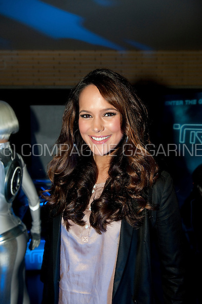 Elise van der Horst at Disney's Tron Legacy movie première in Amsterdam at the Pathé City Theatre (Holland, 12/01/2011)