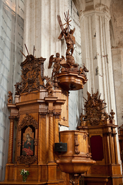 Baroque furnishings in Bernadine Church