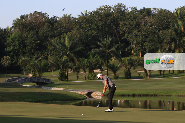 James Morrison (ENG) on the 4th green during Round 4 of the Maybank Championship on Sunday 12th February 2017.<br /> Picture:  Thos Caffrey / Golffile<br /> <br /> All photo usage must carry mandatory copyright credit     (&copy; Golffile | Thos Caffrey)
