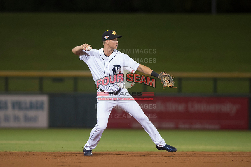 Mesa Solar Sox shortstop AJ Simcox (17), of the Detroit Tigers organization, prepares to make a throw to first base during a game against the Glendale Desert Dogs on October 16, 2017 at Sloan Park in Mesa, Arizona. The Desert Dogs defeated the Solar Sox 2-0.  (Zachary Lucy/Four Seam Images)