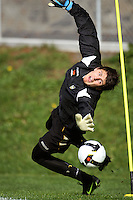 Phoenix trialist keeper Reece Crowther during the Wellington Phoenix A-League football training session Training Session at Newtown Park, Wellington, New Zealand on Monday, 4 May 2009. Photo: Dave Lintott / lintottphoto.co.nz