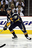 February 17th 2007:  Teppo Numminen (27) of the Buffalo Sabres looks for the puck vs. the Boston Bruins at HSBC Arena in Buffalo, NY.  The Bruins defeated the Sabres 4-3 in a shootout.