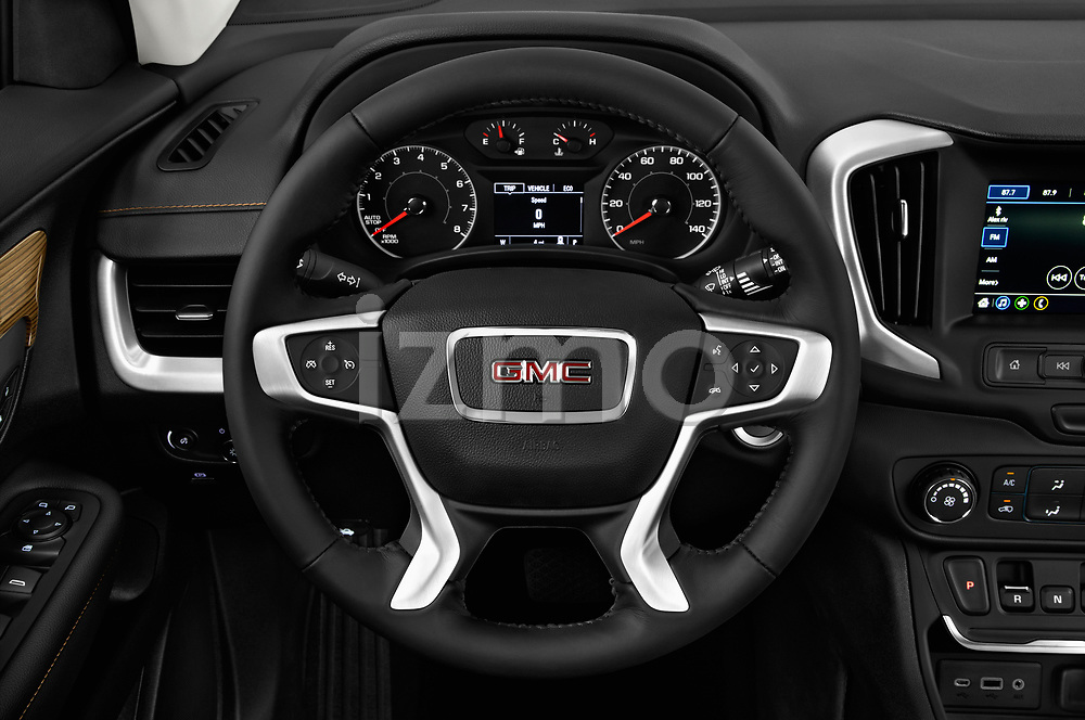 Car pictures of steering wheel view of a 2018 GMC Terrain SLE FWD 5 Door SUV