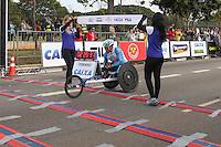 SÃO PAULO, SP - 17.05.2015 - MARATONA-SP - Heitor Mariano, segundo colocado na categoria cadeirante da XXI Maratona de São Paulo, que ocorre neste domingo (17), a maratona tem um percurso de 42km com sua largada e chegada no Parque do Ibirapuera, zona sul de São Paulo (Foto: Douglas Pingituro / Brazil Photo Press)