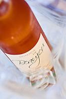 Europe/France/Provence-Alpes-Côte d'Azur/13/Bouches-du-Rhône/Env d'Arles/Salins-de-Giraud: Vin rosé bio du Domaine de Baujeu, au restaurant: Les Saladelles